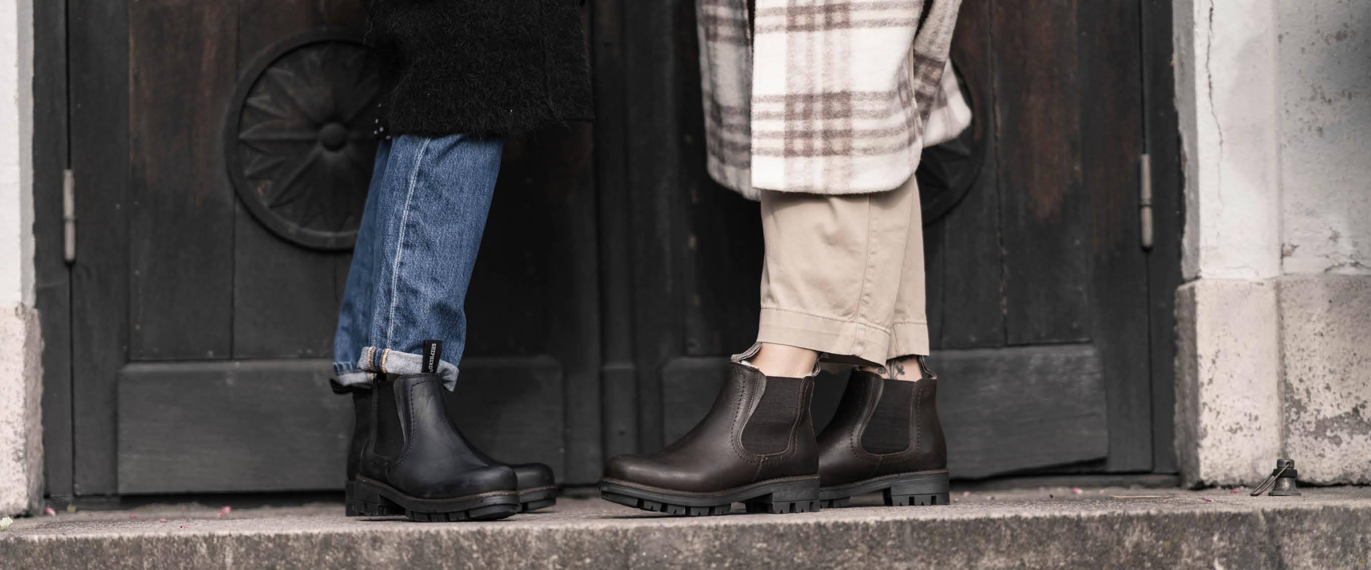 Warm shoes with genuine sheepskin lining
