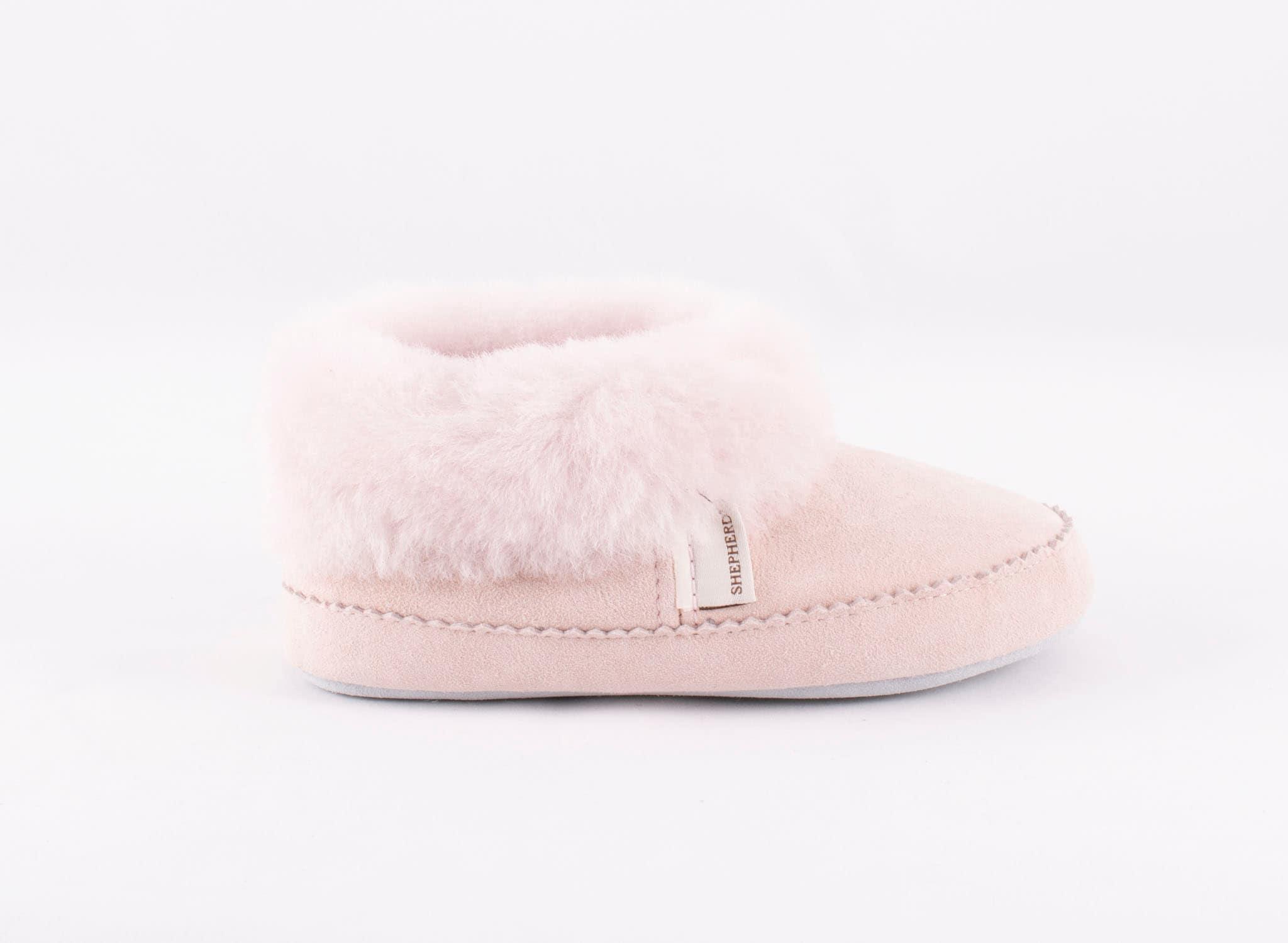 Piteå slippers , size 30-35