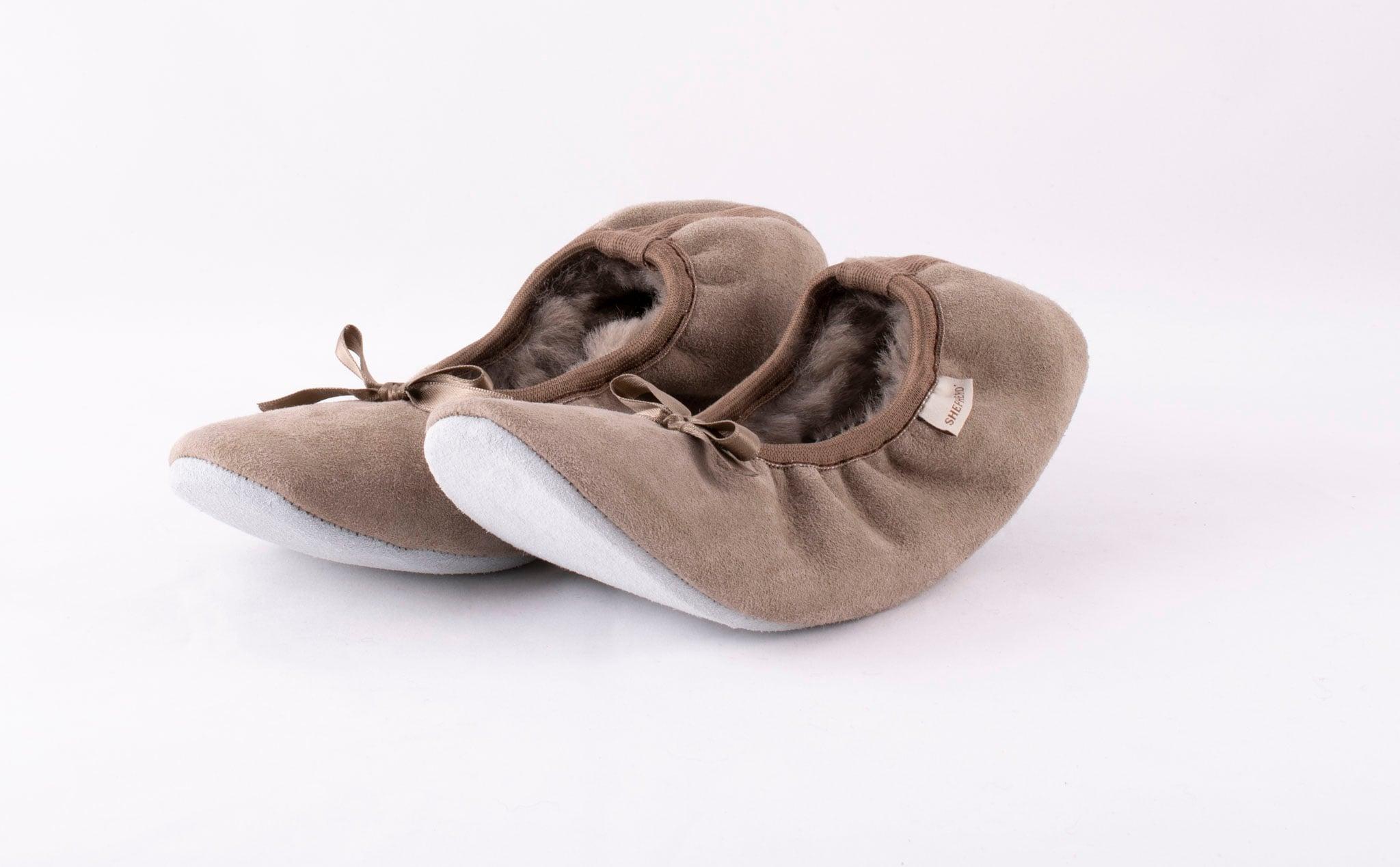 Saga sheepskin slippers