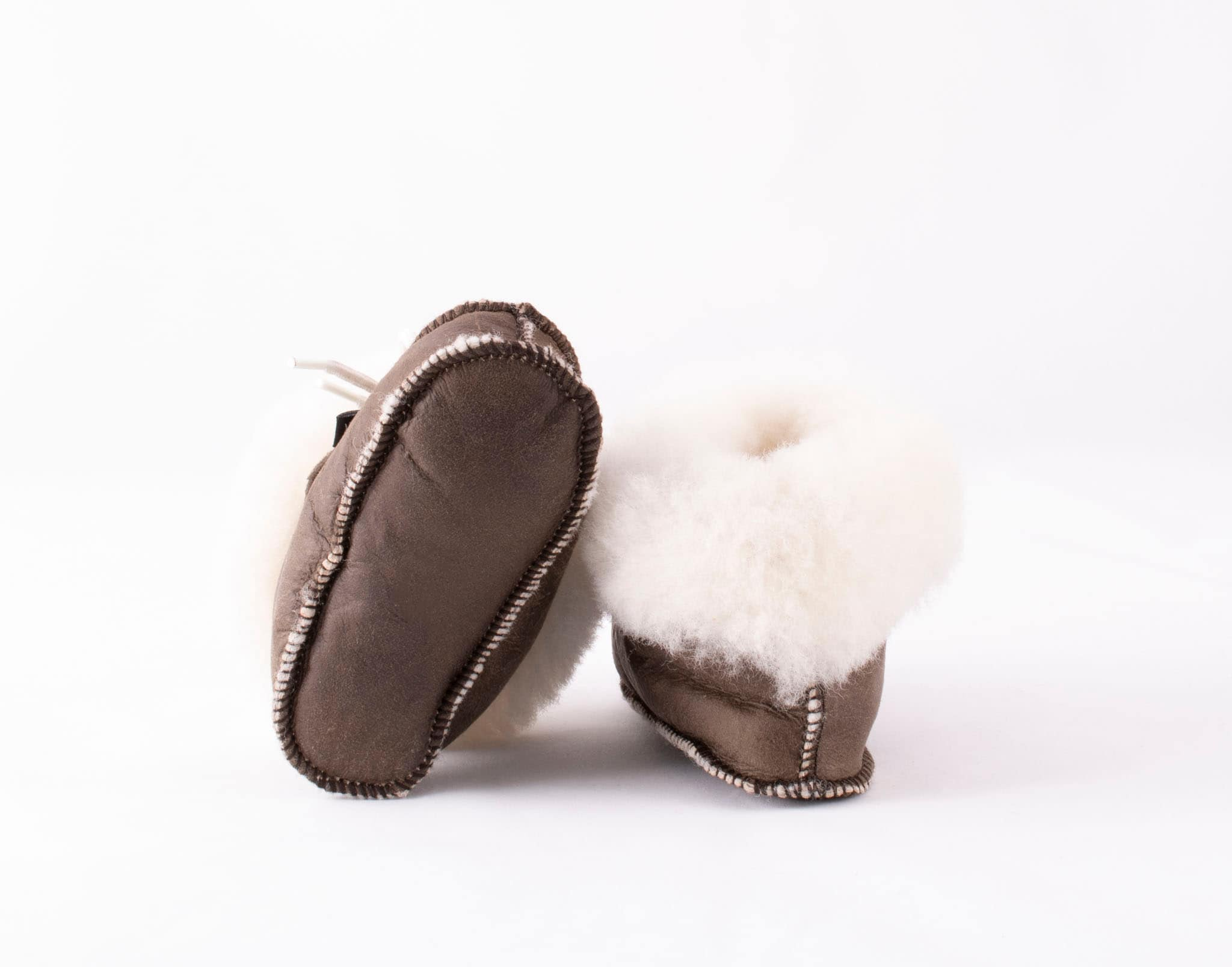 Gävle baby slippers Oiled antique