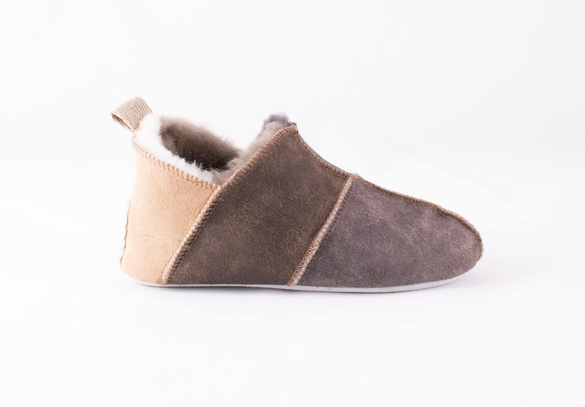 Nol slippers, size 30-35