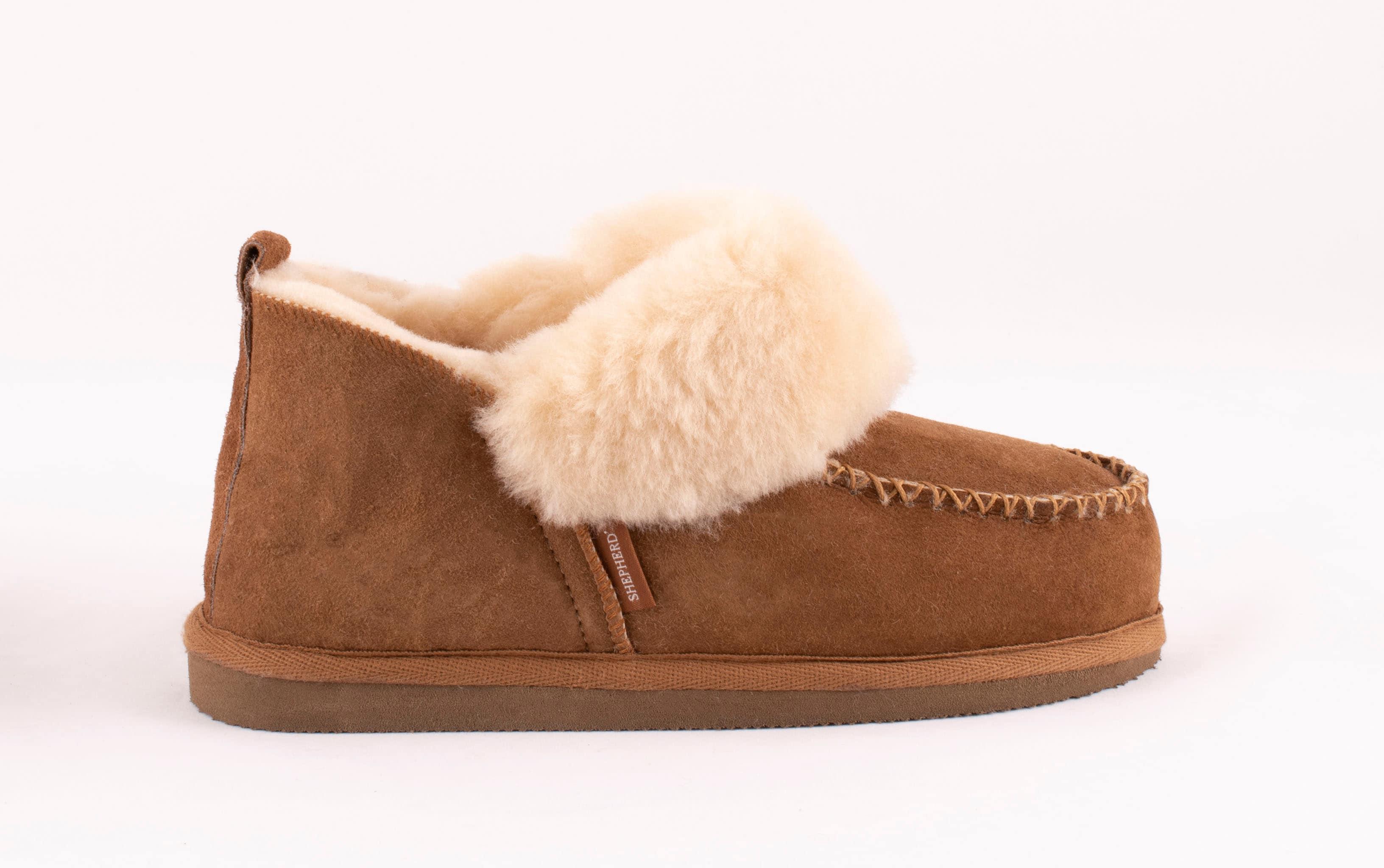 Albina sheepskin slippers