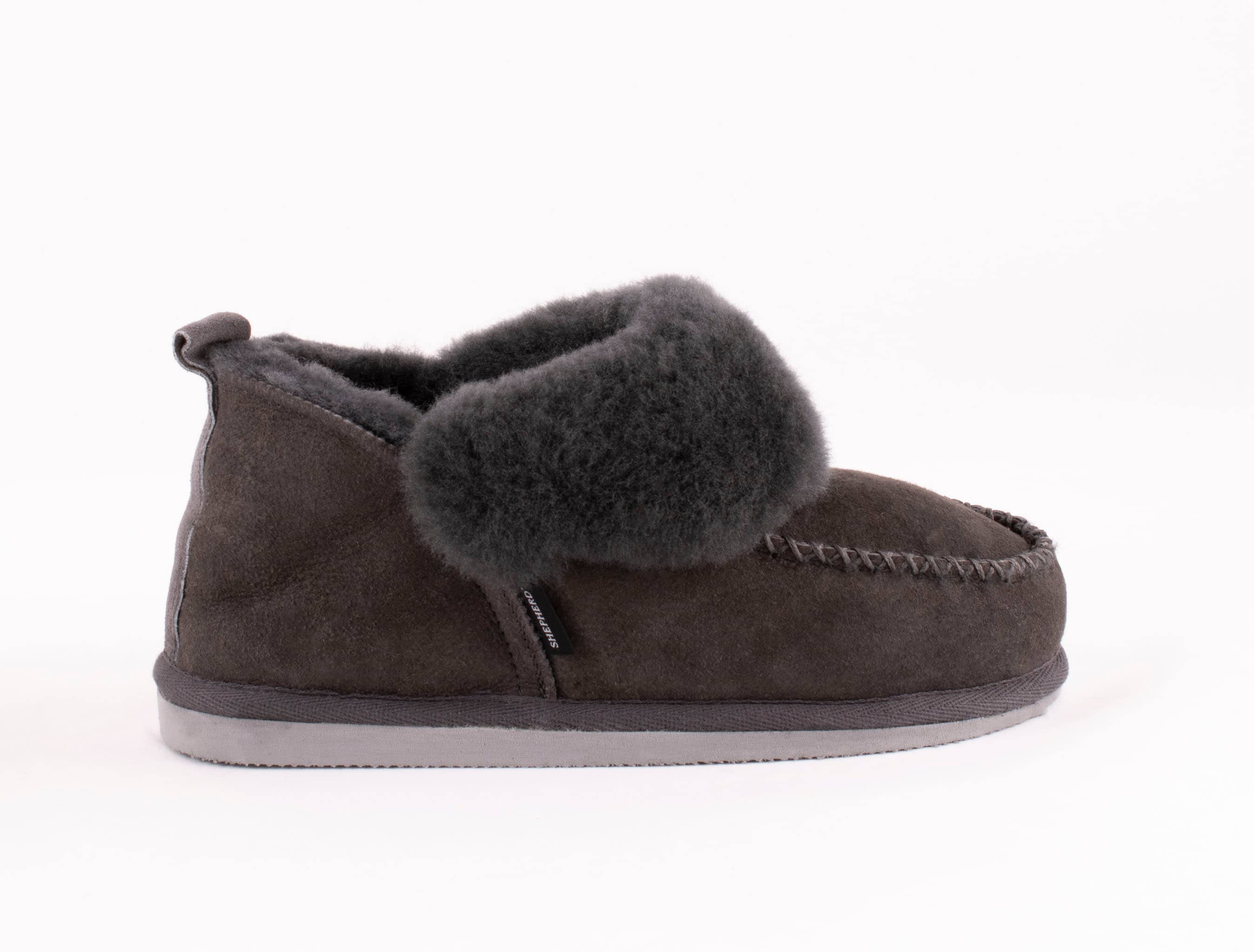 Shepherd Albina slippers