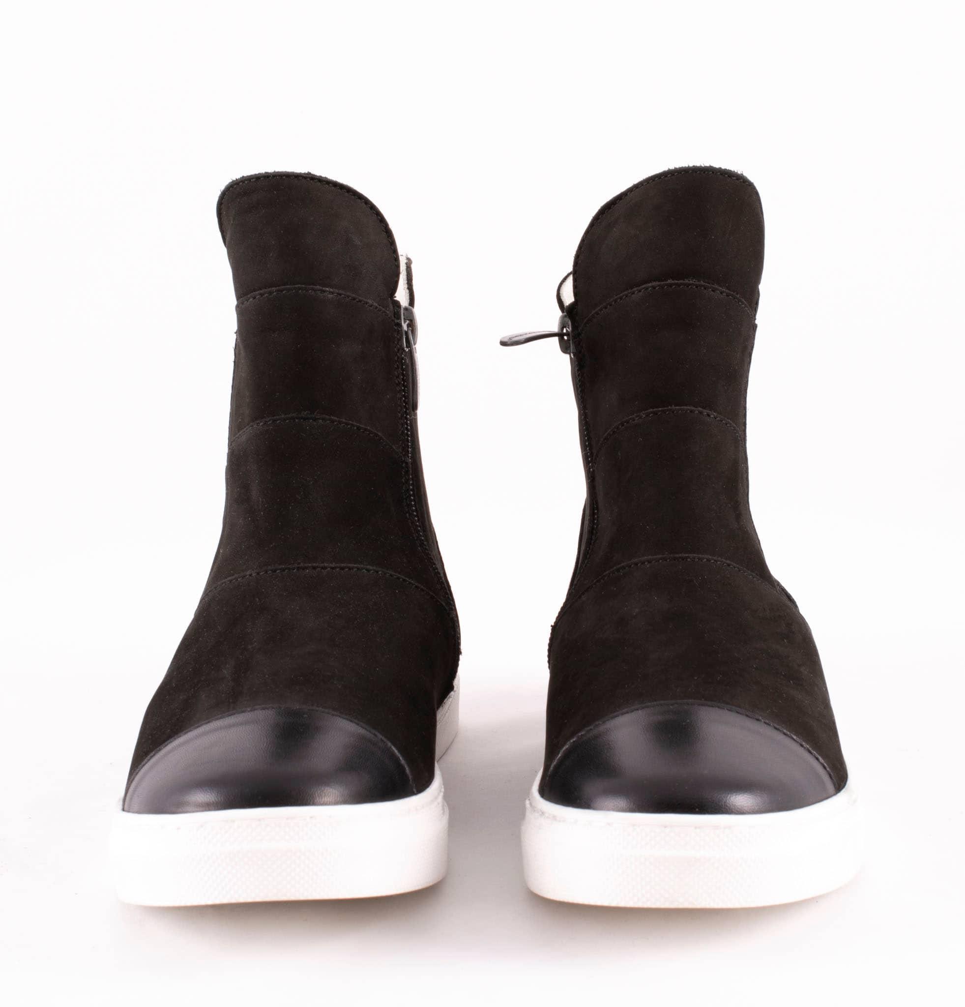 Camilla sneakers