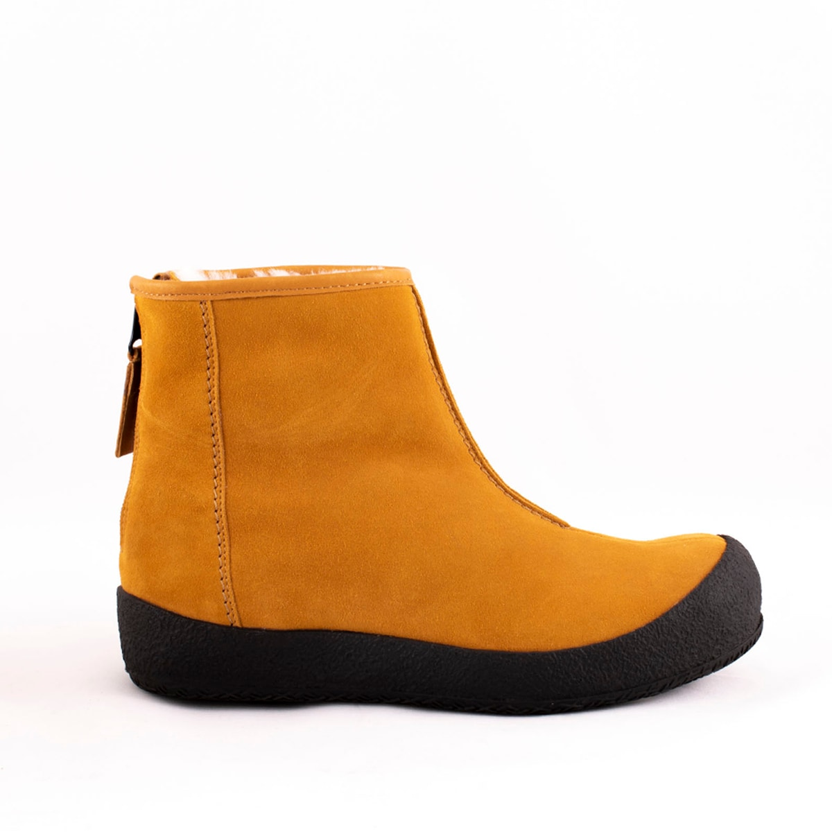 Elin curling boots