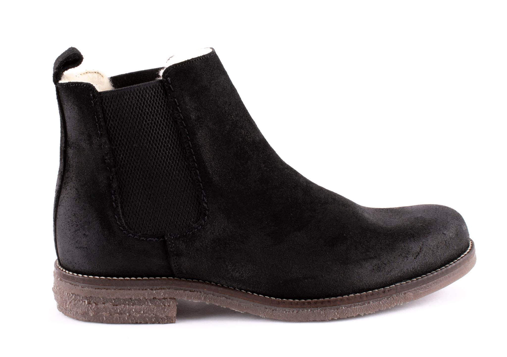 Emanuel, suede Chelsea boots Black