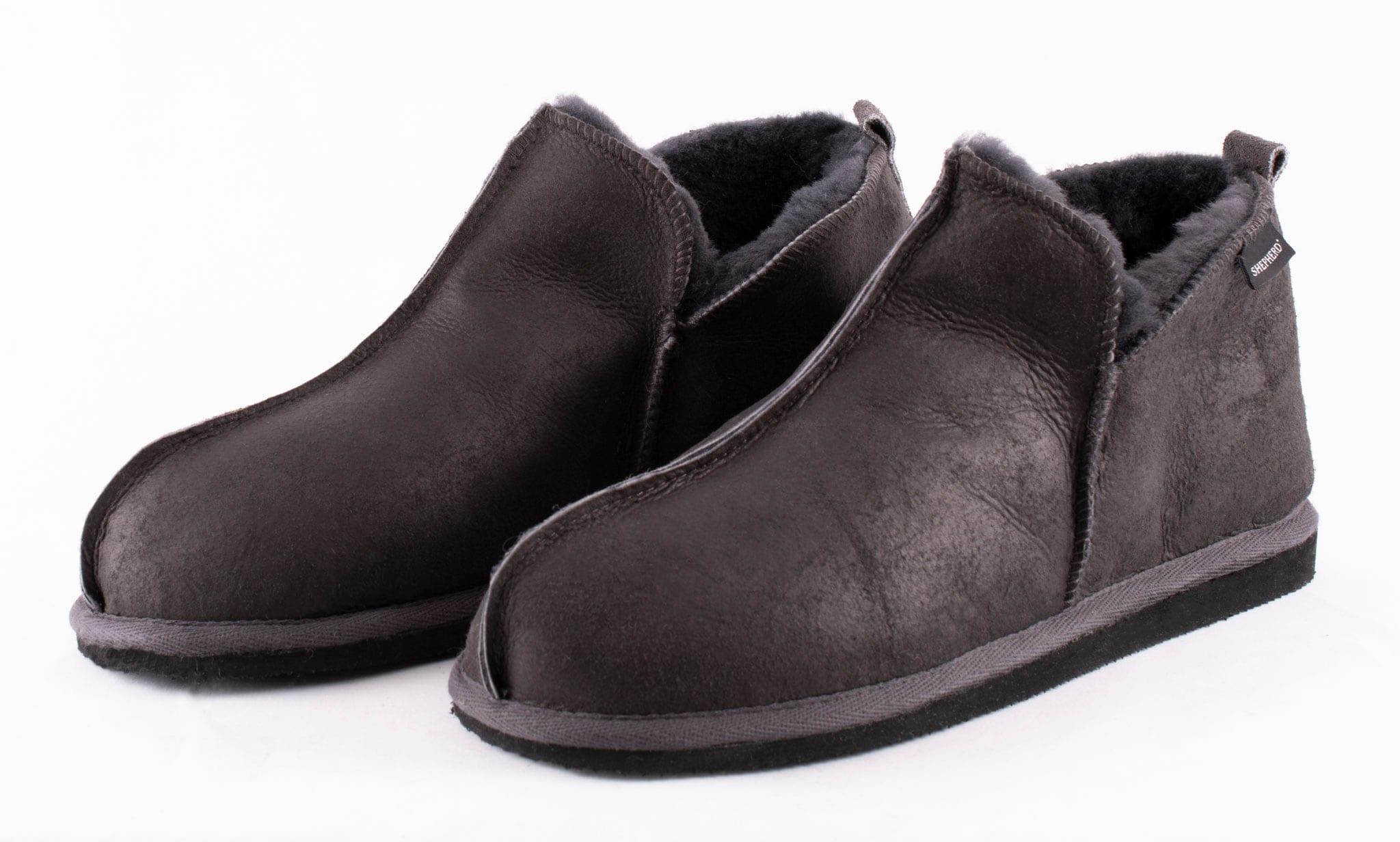 Anton slippers