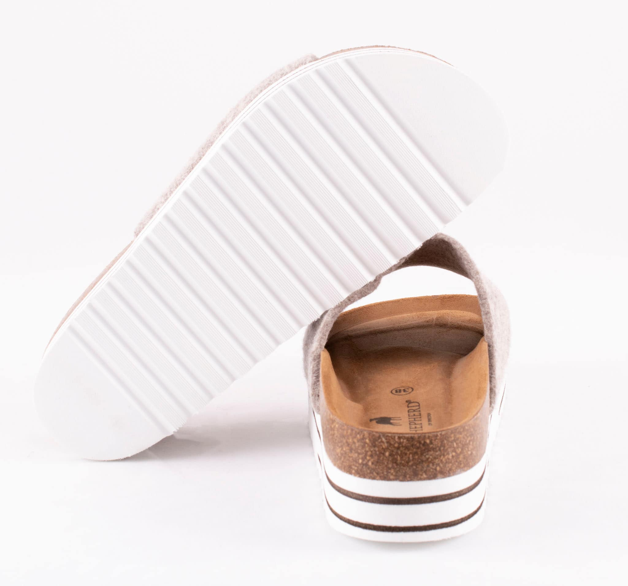 Ayline sandaler