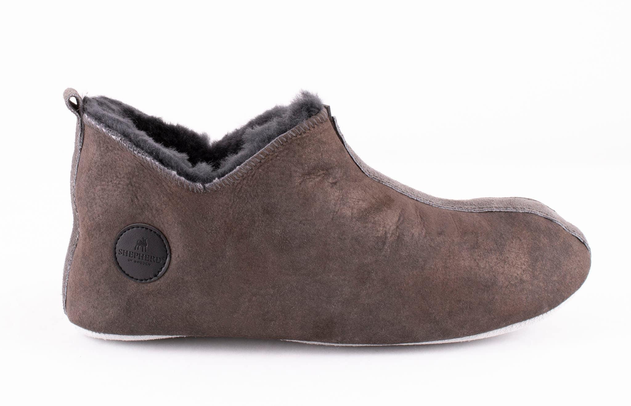 Henrik slippers