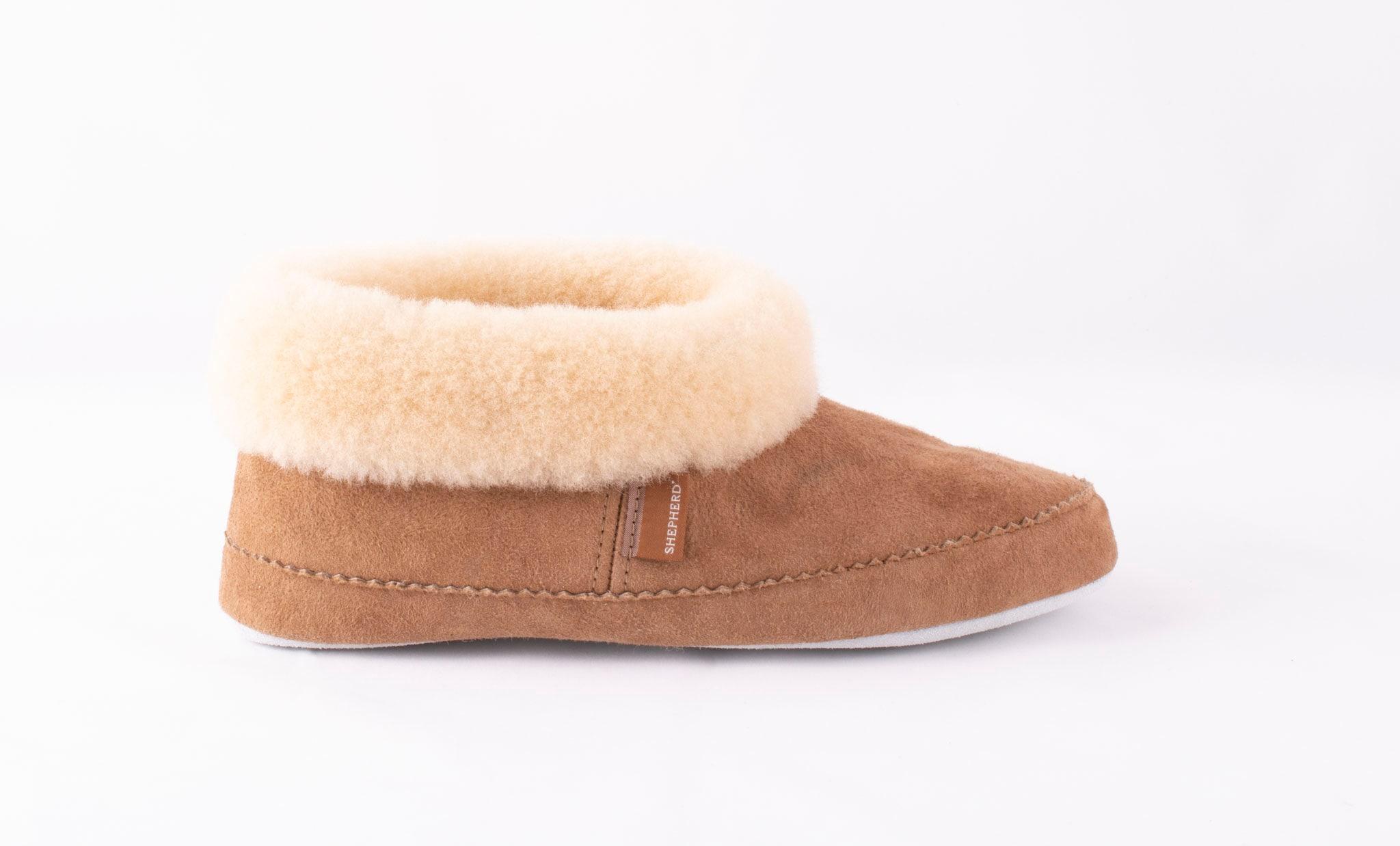 Emmy sheepskin slippers