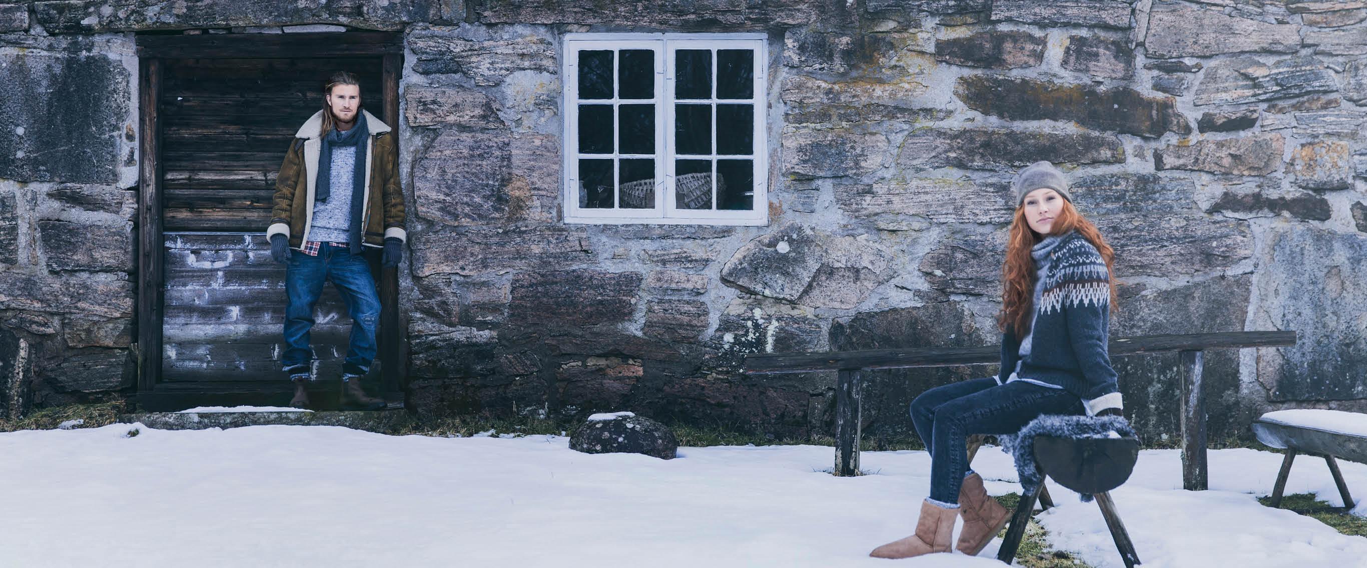 Warm winter shoes with genuin sheepskin